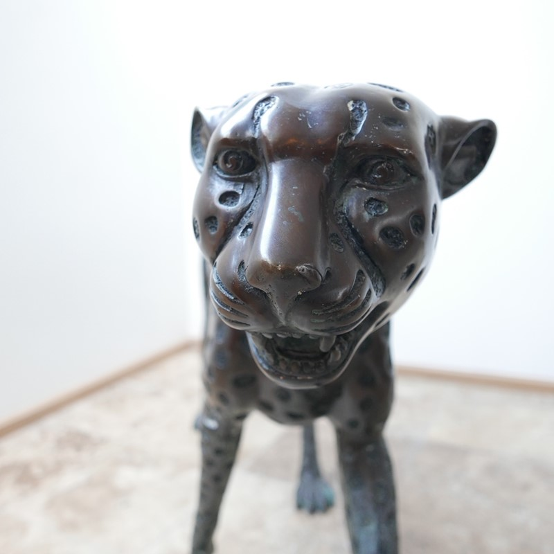 Life Size Mid-Century Patinated Bronze Cheetah-joseph-berry-interiors-img-3562-main-637087282045212628.JPG