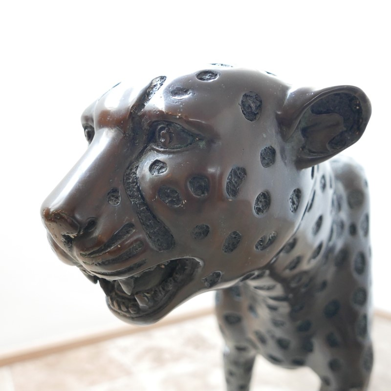 Life Size Mid-Century Patinated Bronze Cheetah-joseph-berry-interiors-img-3565-main-637087282060837591.JPG