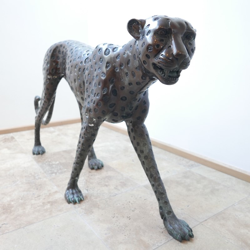 Life Size Mid-Century Patinated Bronze Cheetah-joseph-berry-interiors-img-3576-main-637087282121320555.JPG