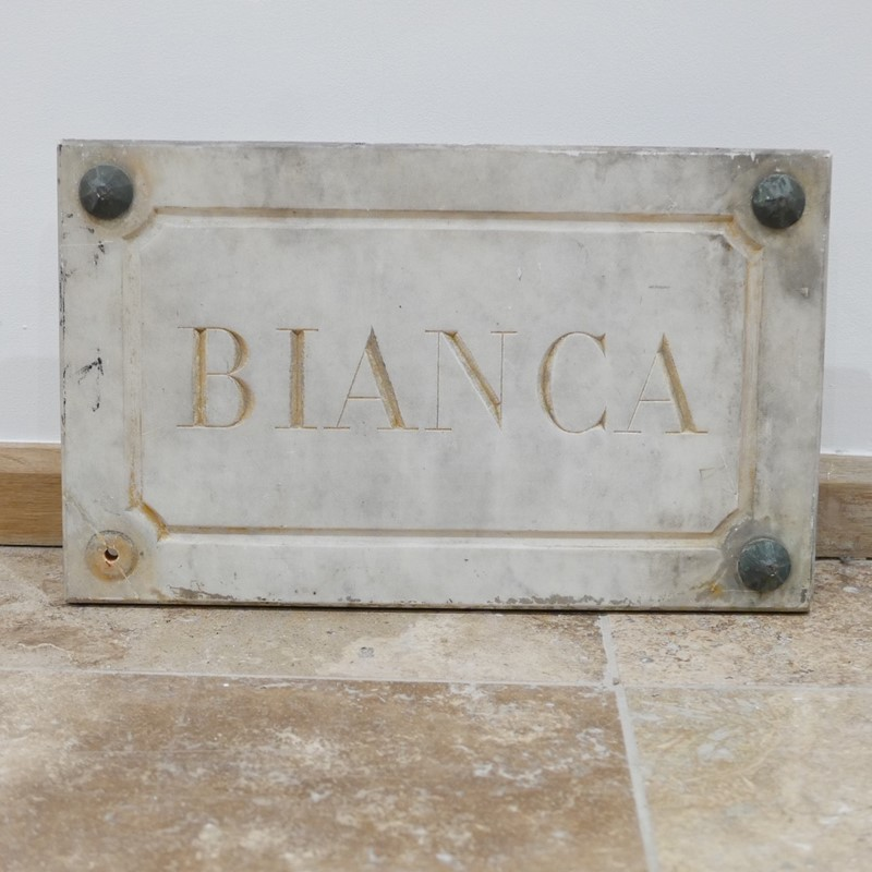 Marble Horse Name Plaques Bianca/Norma/Cobb-joseph-berry-interiors-img-4154-main-637100376212583791.JPG