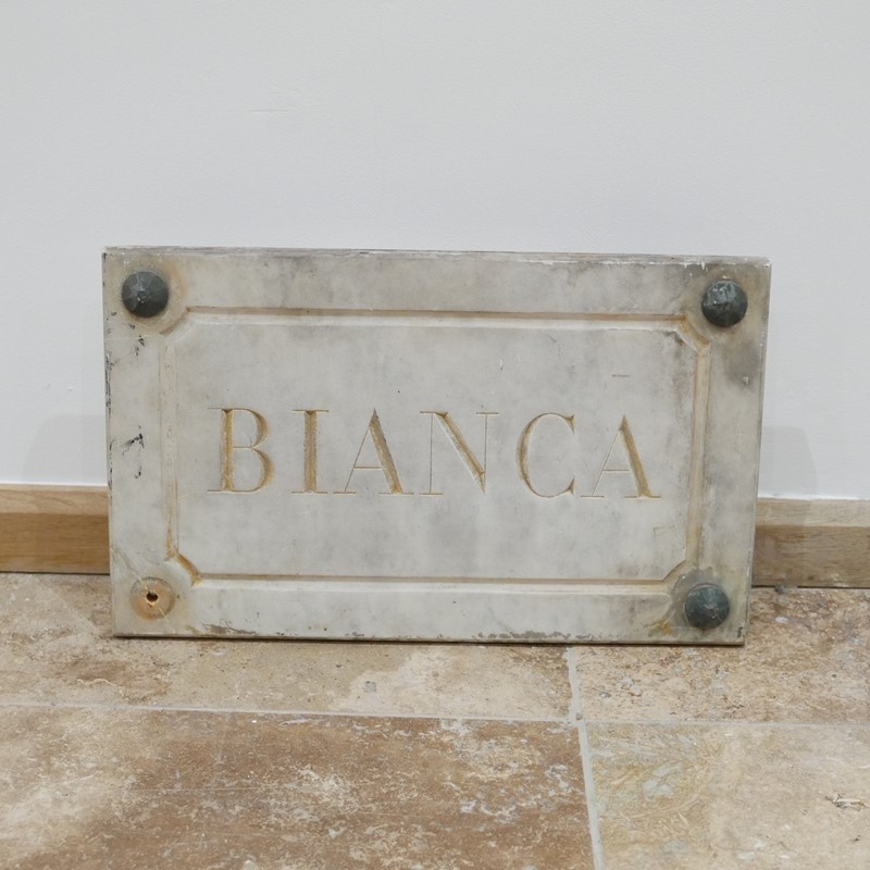 Marble Horse Name Plaques Bianca/Norma/Cobb-joseph-berry-interiors-img-4155-main-637100376218833749.JPG