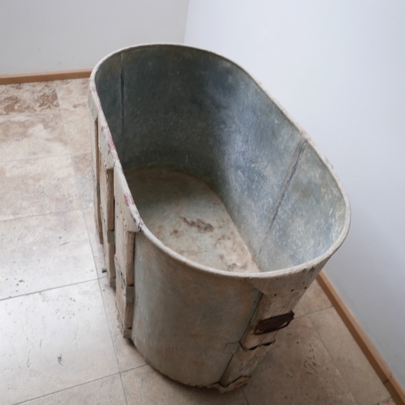 Antique French Paneled Bath Tub or Planter-joseph-berry-interiors-img-7964-main-637432229637181538.JPG