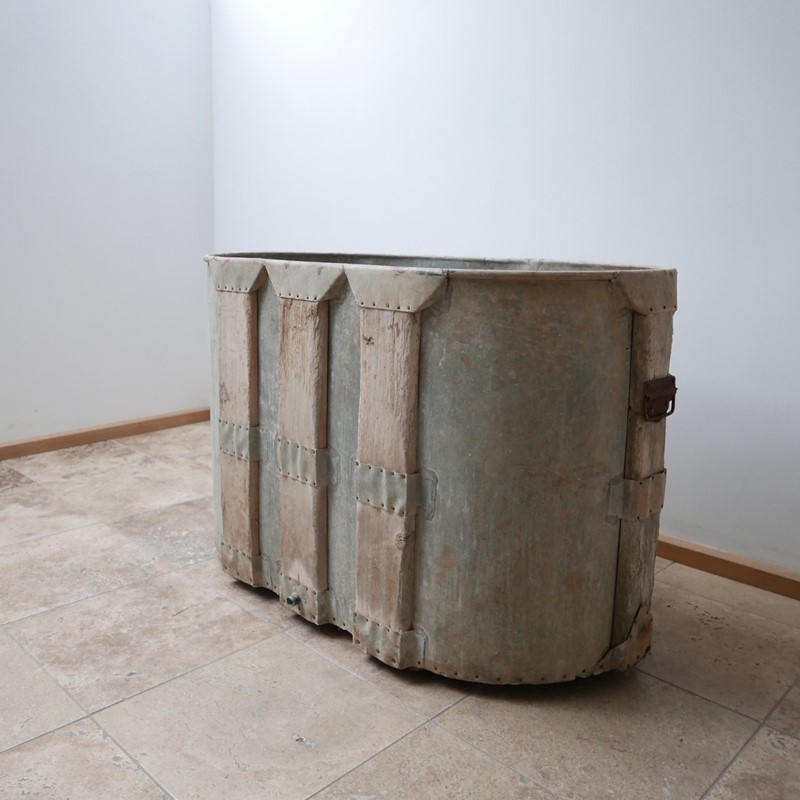 Antique French Paneled Bath Tub or Planter-joseph-berry-interiors-img-7965-main-637432229642806523.JPG