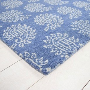 Contemporary Parthia rug - blue and white