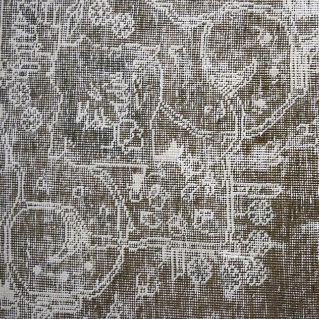 Faded vintage Tabriz carpet, grey and white-joshua-lumley-contemporary-deatil 3_main_636559716730644051.jpg