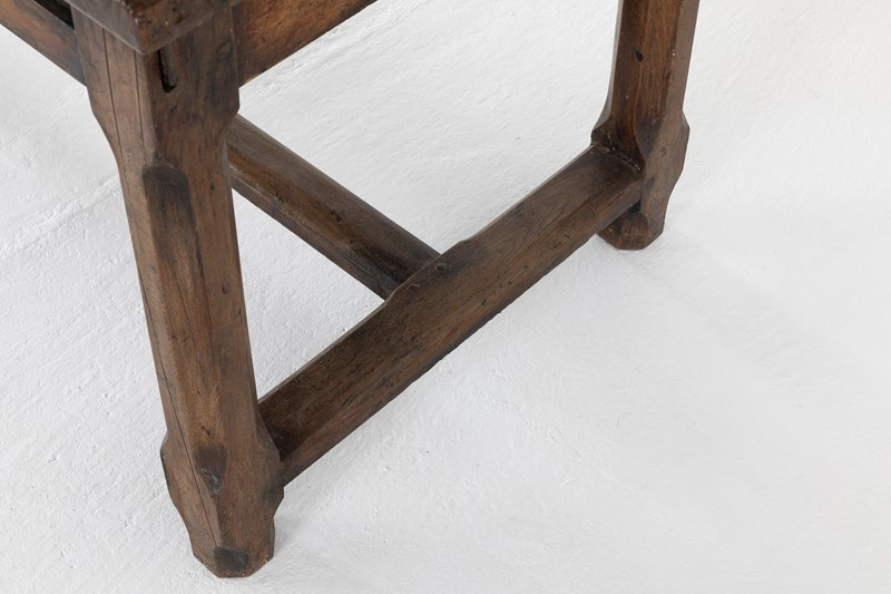 French 18th Century Walnut Farmhouse Table-lee-wright-antiques-1x3a0138-main-637299929091381594.JPG