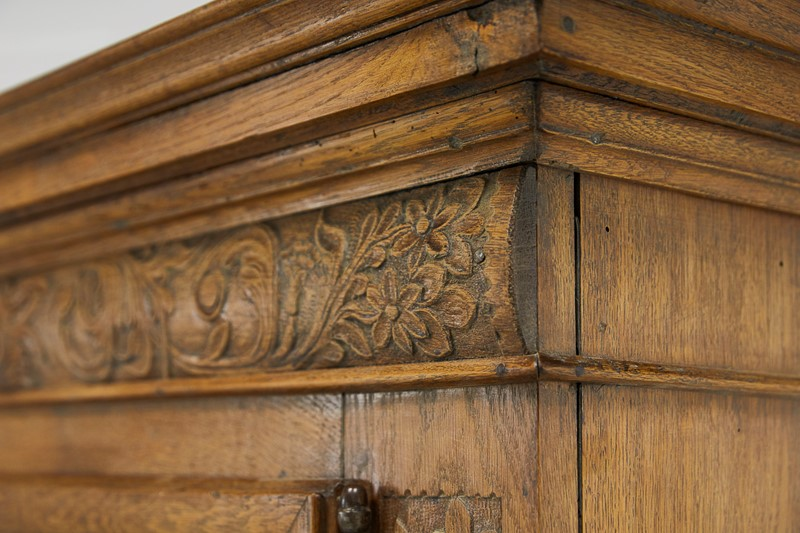 Flemish 17th Century Carved Oak Cabinet-lee-wright-antiques-emptyname-359-main-637070903544628135.JPG