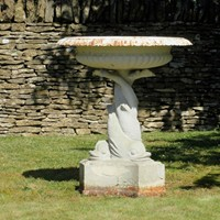 Beautiful, large Handyside fountain