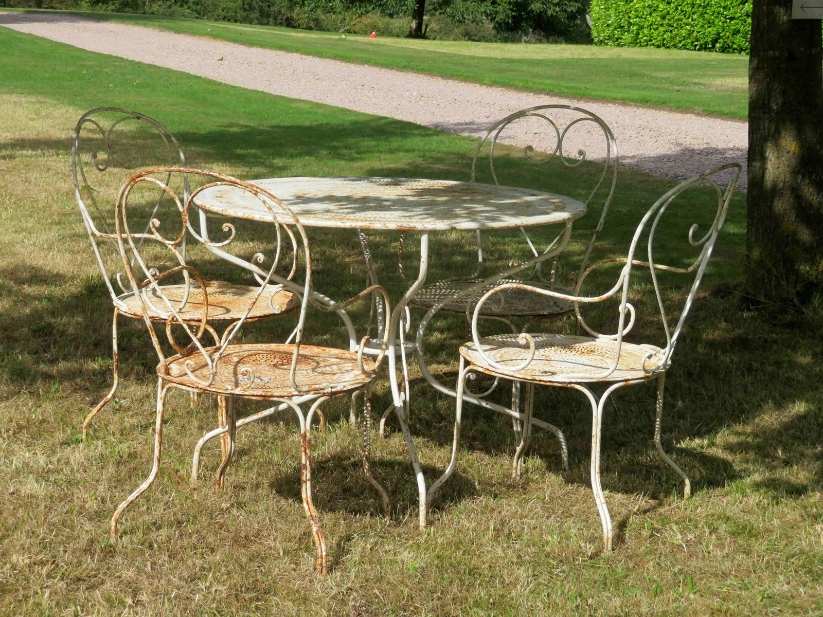 Antique French table and chairs - Decorative Collective