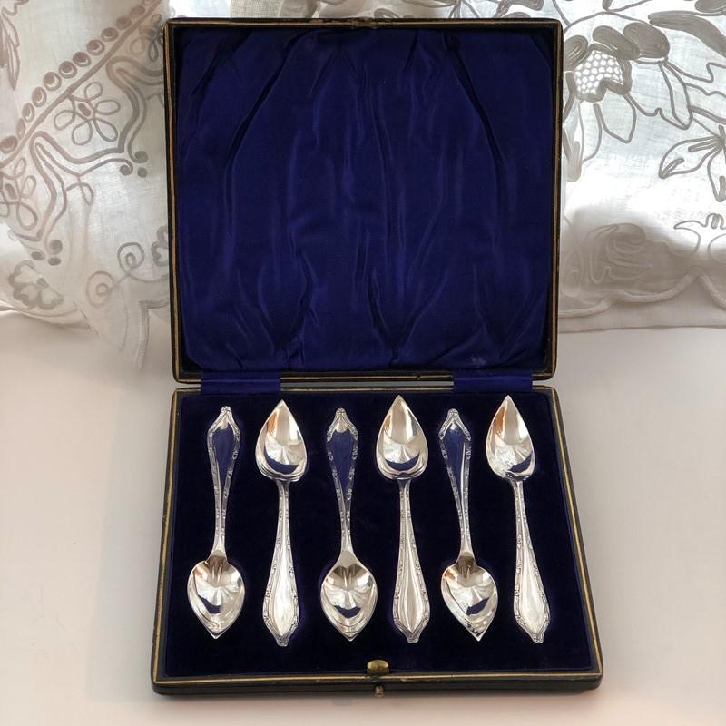A Set Of Silver Grapefruit Spoons-linda-jackson-antique-silver-lj0050-1-main-637435652573593534.jpg