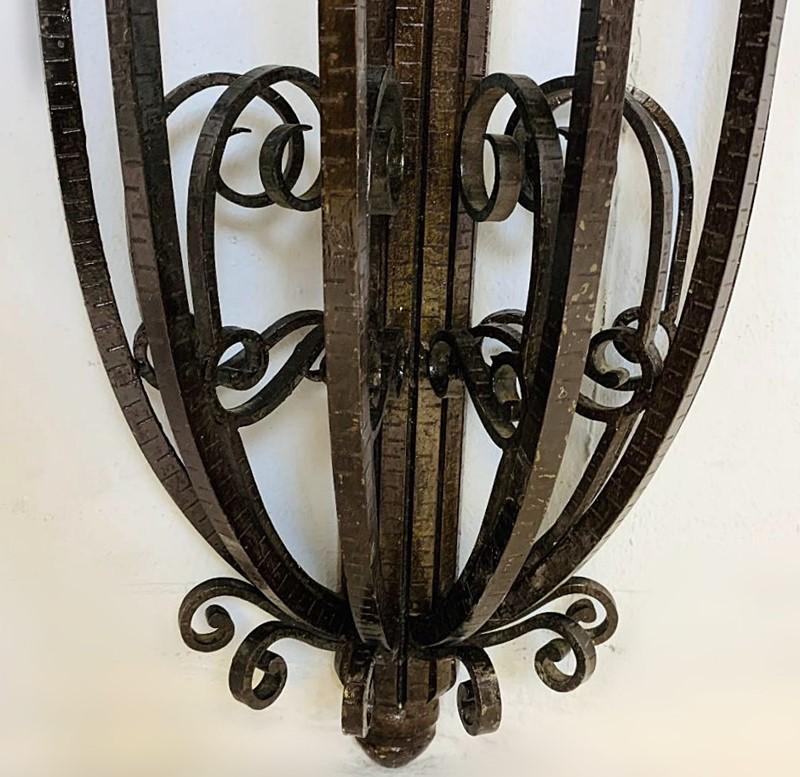 1930 Wrought Iron Marble Top Consol Table -living-in-style-gallery-art-deco-console-wrought-iron-and-marble-circa-1930-3960045-en-max-main-637404201893926935.jpg