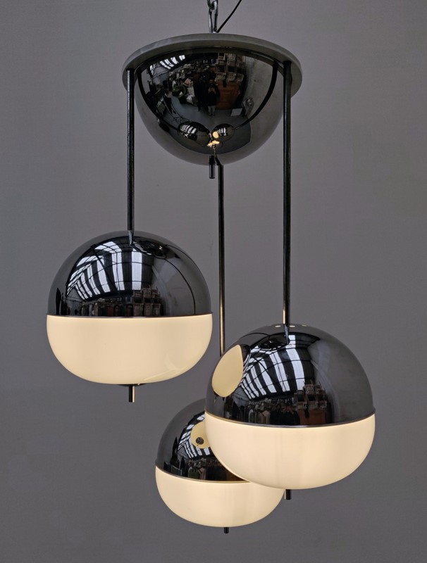 1970's Chrome and Glass Pendant Light -living-in-style-gallery-chrome-and-glass-suspension-3988947-en-max-main-637411319388920863.jpg