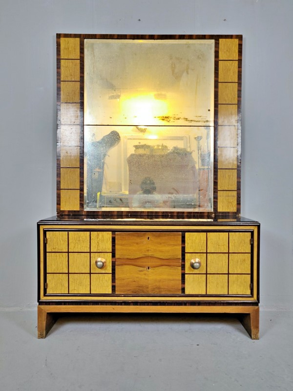 Art Deco Dresser (Italy) -living-in-style-gallery-italian-art-deco-commode-with-standing-mirror-3335946-en-max-main-637402557706158492.jpg