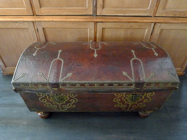 18th century leather and gilt brass studded trunk-loran-co-Leather trunk b_main_636391278897105754.jpg