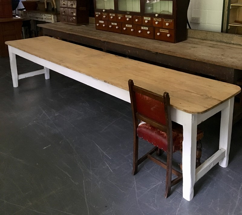 12' Irish farmhouse table-loran-co-a39e7112-db47-4c4f-9bf6-4efa18b8a593-main-636982941077480618.jpeg