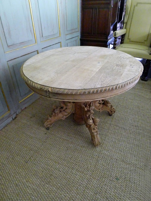 19th Century raw oak centre table.-loran-co-oak-centre-1-main-637294797664462511.jpg
