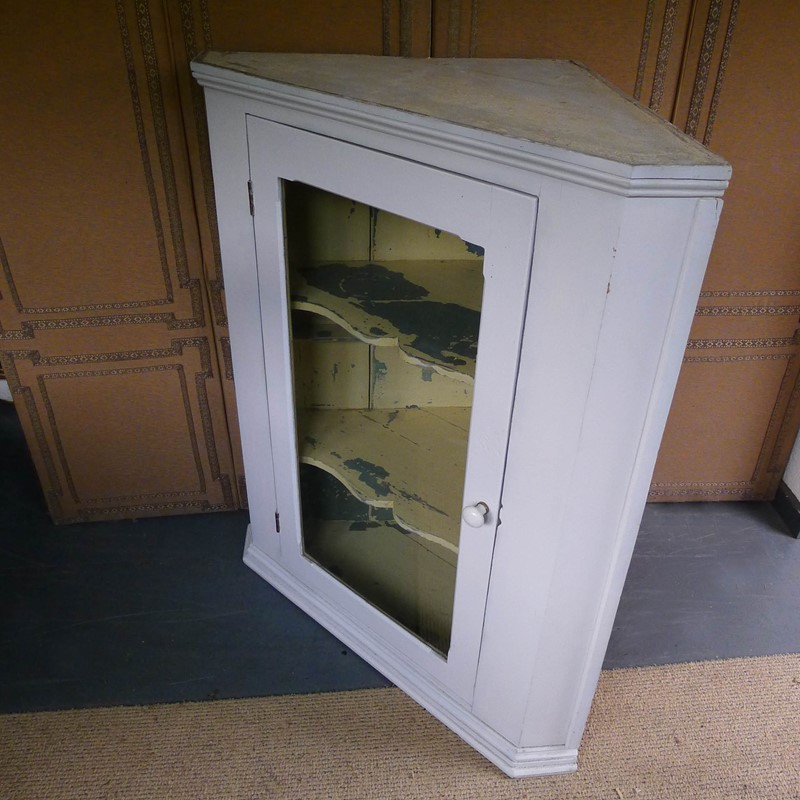 Large 19th Century glazed painted corner cabinet.-loran-co-painted-corner-3-main-637055653654597932.jpg