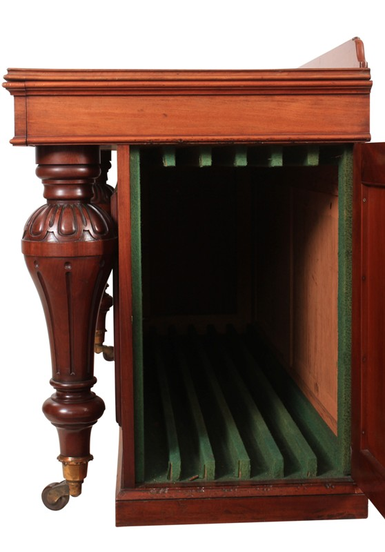 Victorian Mahogany Table Leaf Holder Sideboard-lt-antiques-IMG_8884-main-636629424279668556.jpg