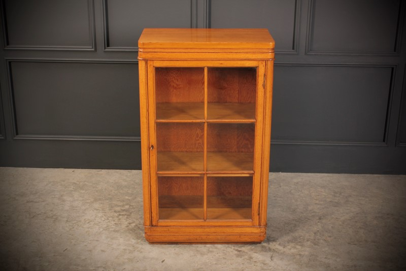 Oak Art Deco Cabinet-lt-antiques-fullsizeoutput-509-main-637219656410918319.jpeg