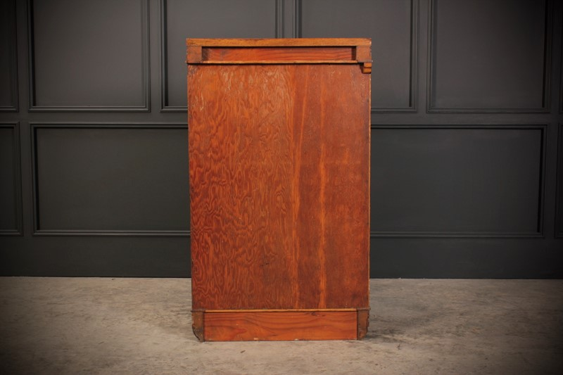 Oak Art Deco Cabinet-lt-antiques-fullsizeoutput-50d-main-637219656479198820.jpeg