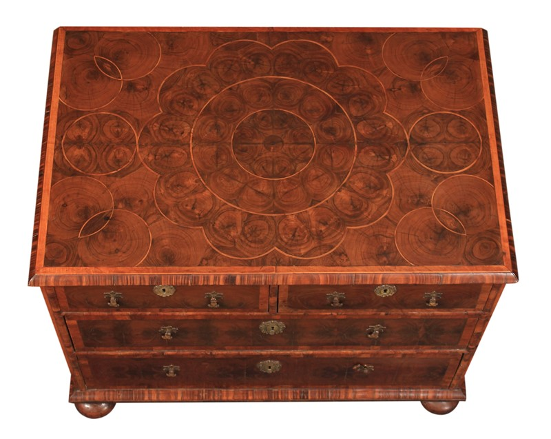 17th Century Oyster Veneered  Chest of Drawers-lt-antiques-img-8361-main-636999985229008427.jpg
