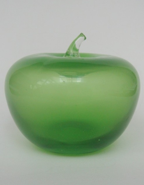 Glass apple-lv-art-design-Glass apple_main.JPG