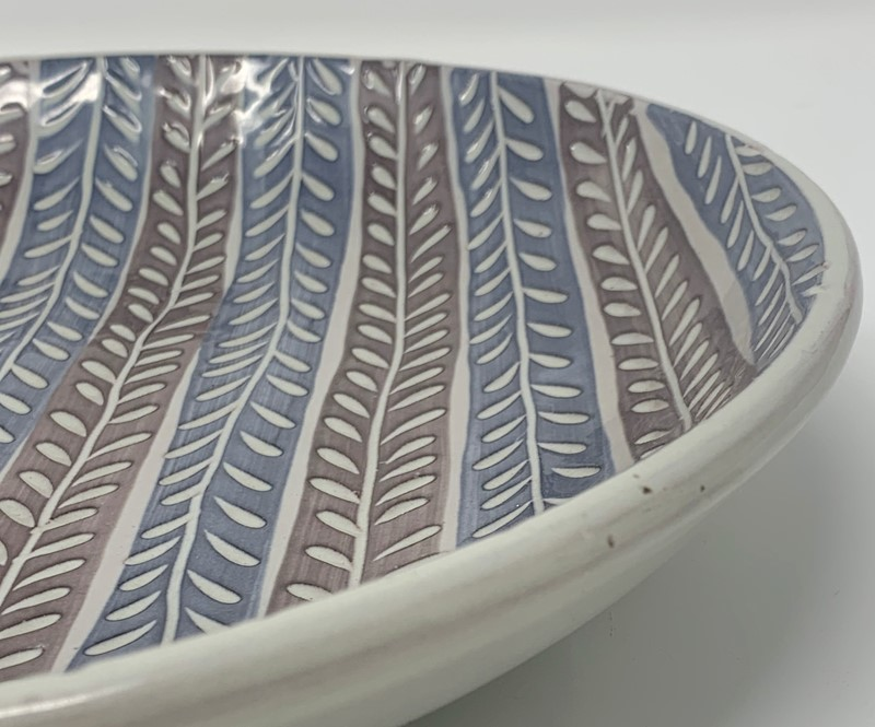 Ceramic dishes by Ingrid Atterberg-lv-art-design-atterby-dish-large-detail-main-637274976998199382.jpg