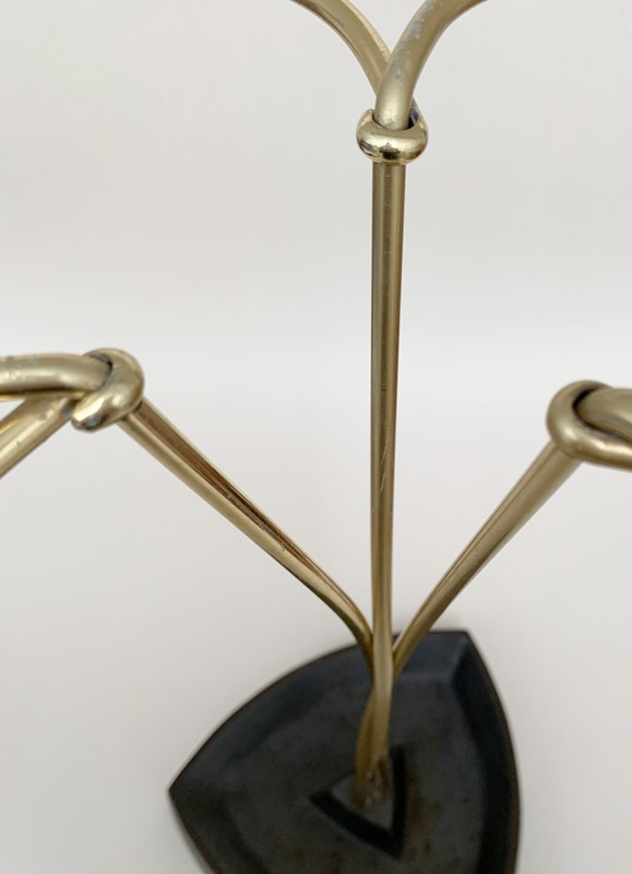Brass umbrella stand-lv-art-design-aubock-umbrella-stand-detail-main-637178950542128949.jpg