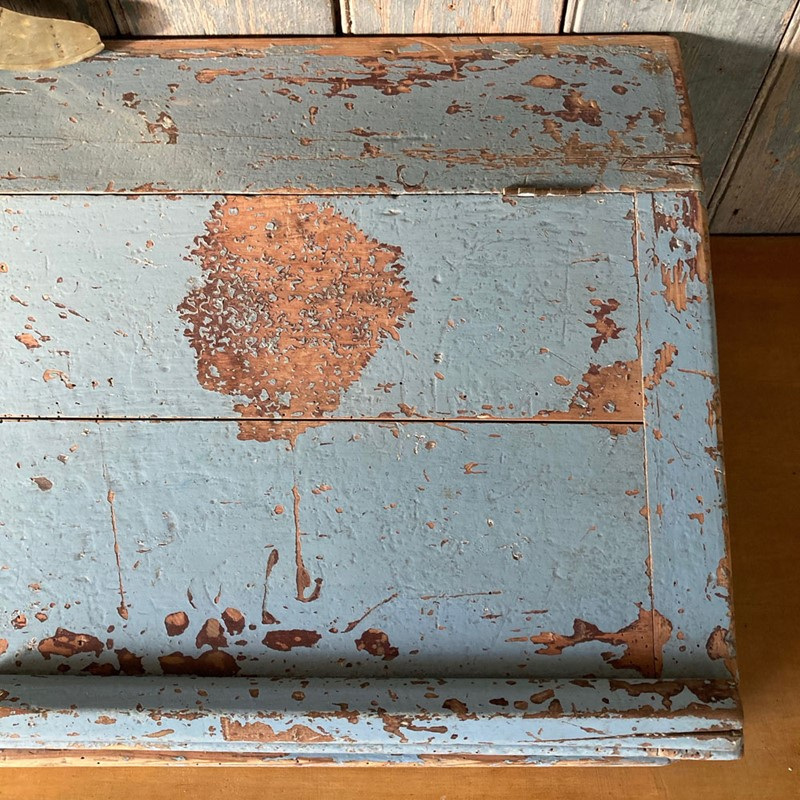 Antique painted pine writing box-marc-kitchen-smith-ks7190-img-6752jpeg-1000px-main-637439120396725581.jpg