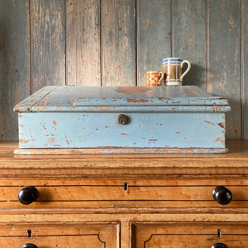 Antique painted pine writing box-marc-kitchen-smith-ks7190-img-6760jpeg-1000px-main-637439120409538088.jpg