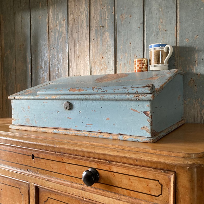 Antique painted pine writing box-marc-kitchen-smith-ks7190-img-6764jpeg-1000px-main-637439120422975126.jpg