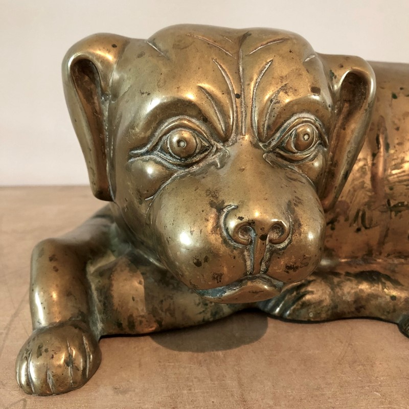 A cast brass Spaniel dog -marchand-antiques-935bf912-5411-4dc3-9cac-d50947a81532-main-637018236108549010.jpeg