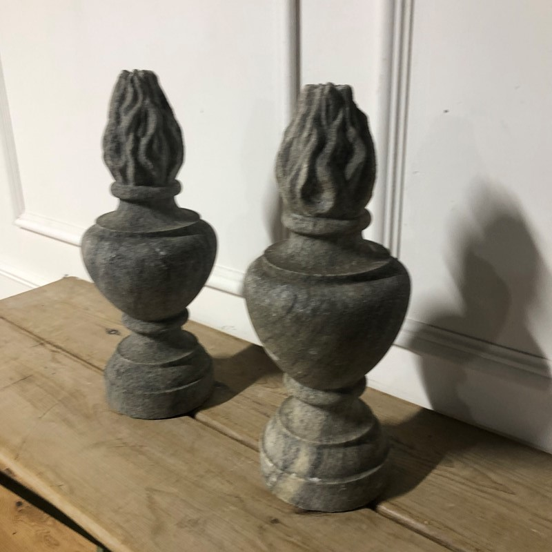 A pair of granite flambe finials -marchand-antiques-9af478be-32bc-4b76-91d5-029086d09f8f-main-637341302150228689.jpeg