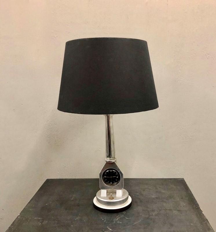 An Automobilia Table Lamp -marchand-antiques-marchand-antiques-81bd9210-afaf-4b33-814b-25ebeba1405c-main-637341399463531828-large-main-637341433524720782.jpeg