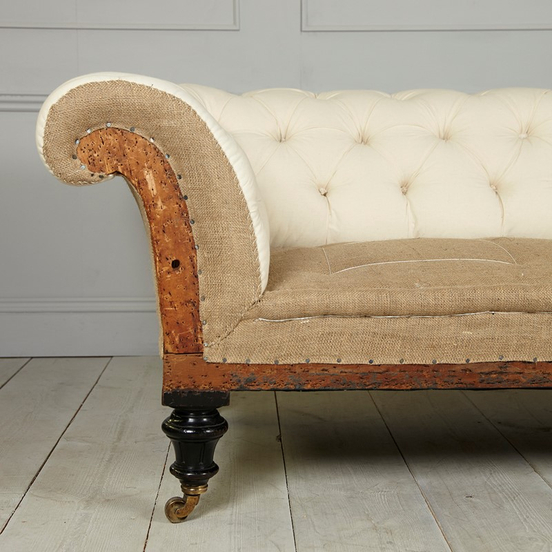 Large chesterfield sofa-marcus-spencer-marcusmarch16645kjw-lowres-main-636903589057105732.jpg