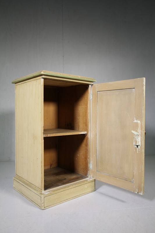 Original Painted Pine Antique Bedside Cupboard -miles-griffiths-antiques-IMG_7609 (1000x1500)-main-636697560084712973.jpg