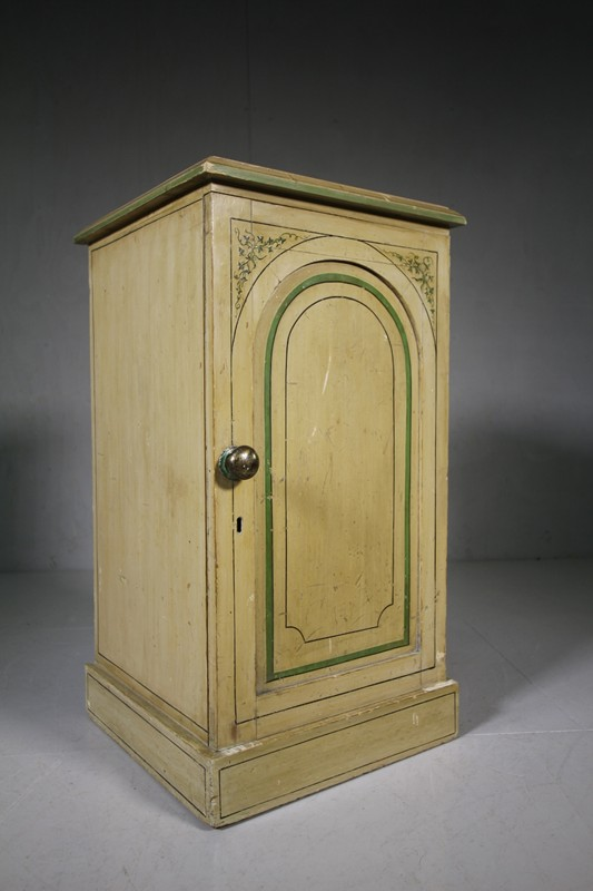 Original Painted Pine Antique Bedside Cupboard -miles-griffiths-antiques-IMG_7615 (1000x1500)-main-636697559858657381.jpg