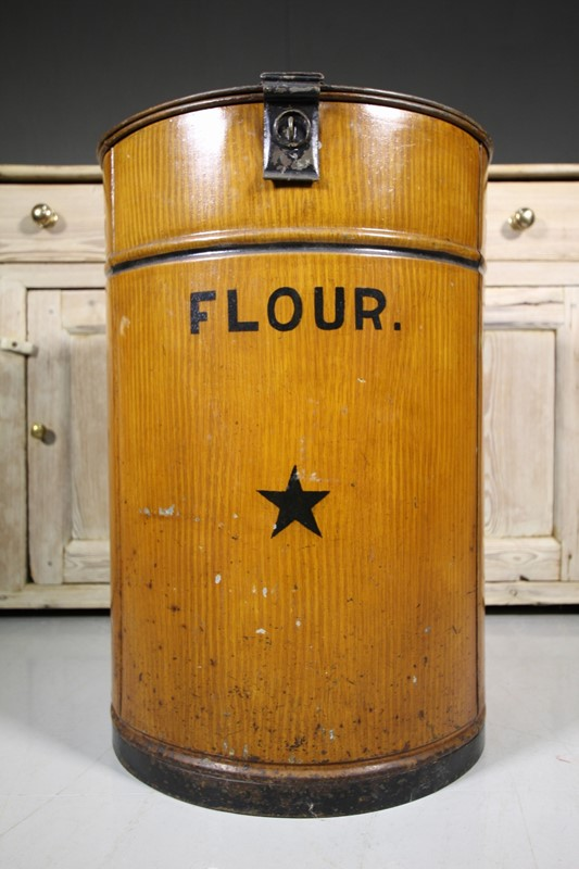 Large 19th Century Antique Flour Bin in Period Pai-miles-griffiths-antiques-IMG_9662 (1000x1500)-main-636771110926663171.jpg
