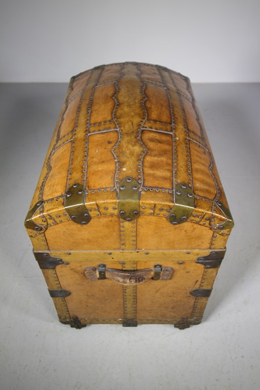 English Antique Travelling Trunk Dated 1884-miles-griffiths-antiques-img-6699-1033x1550-main-637496729714334133.jpg