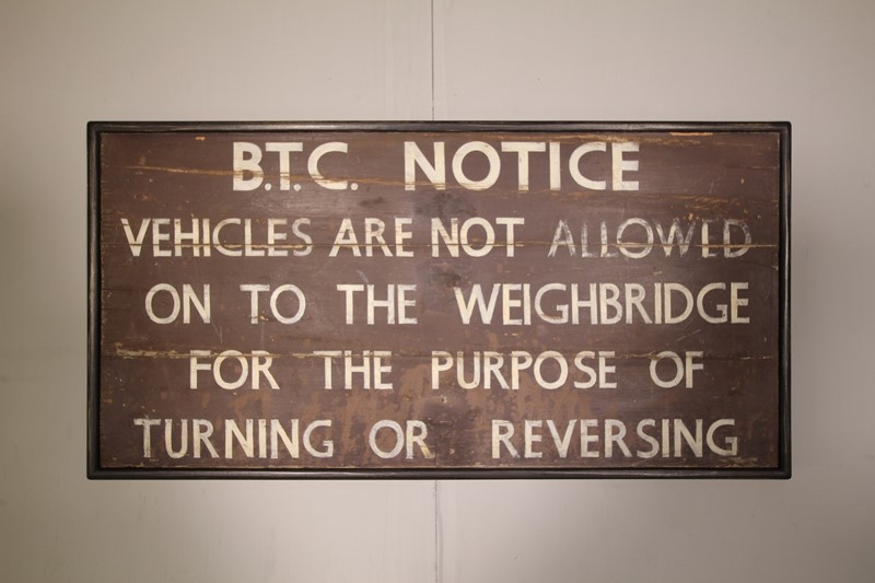 English 1940's Large Painted Pine Railway Sign-miles-griffiths-antiques-img-9556-1550x1033-main-637177177927763489.jpg