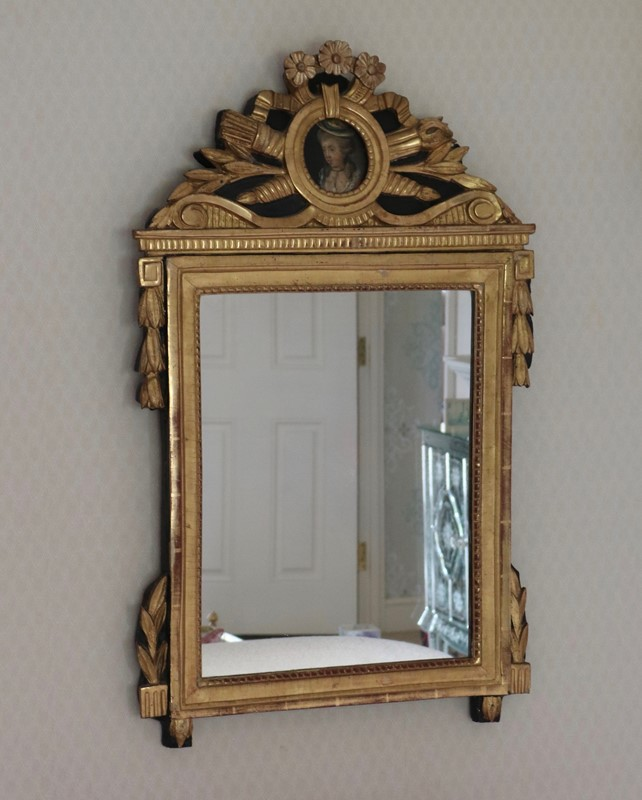 Carved Giltwood French Mirror-milos-antiques-fullsizeoutput-77c-main-636877652132812845.jpeg