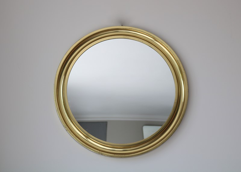 Circular Brass Mirror-milos-antiques-fullsizeoutput-b03-main-637248000939390507.jpeg