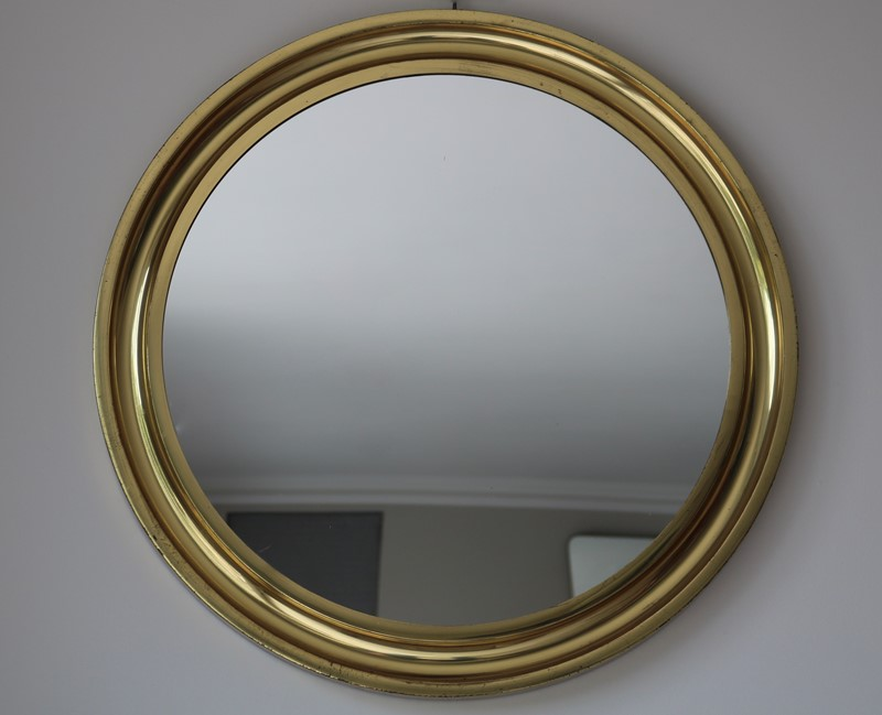 Circular Brass Mirror-milos-antiques-fullsizeoutput-b04-main-637248001101420989.jpeg