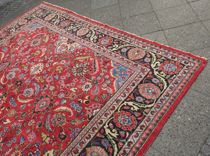 Antique Sultanabad Carpet Rich Natural Colours-modern-times-berlin-aaa-main-637454440306269336.JPG