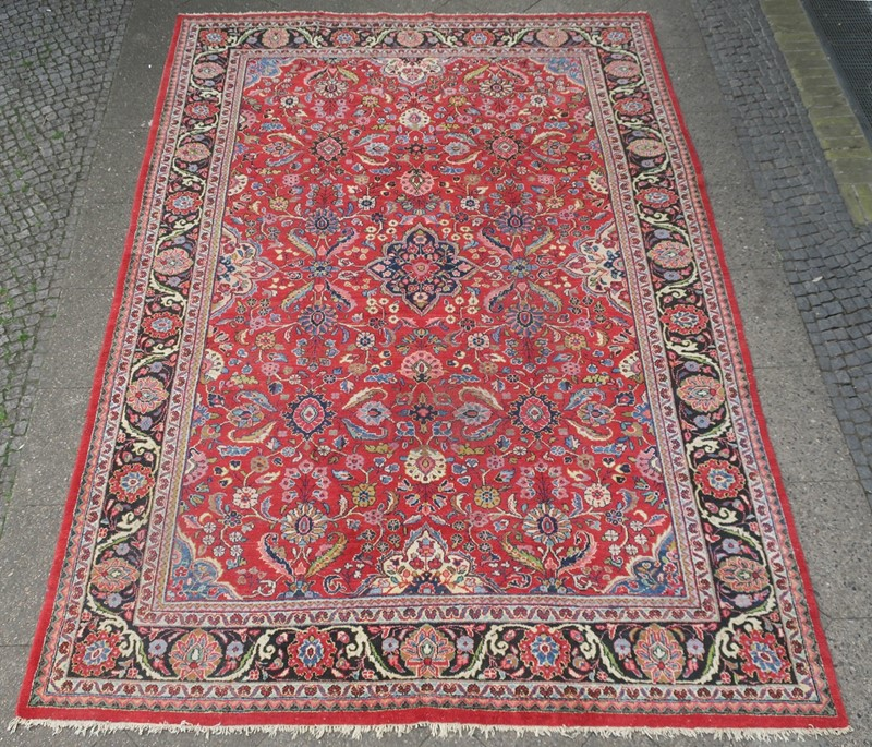 Antique Sultanabad Carpet Rich Natural Colours-modern-times-berlin-img-5651a-main-637454440089708163.jpg