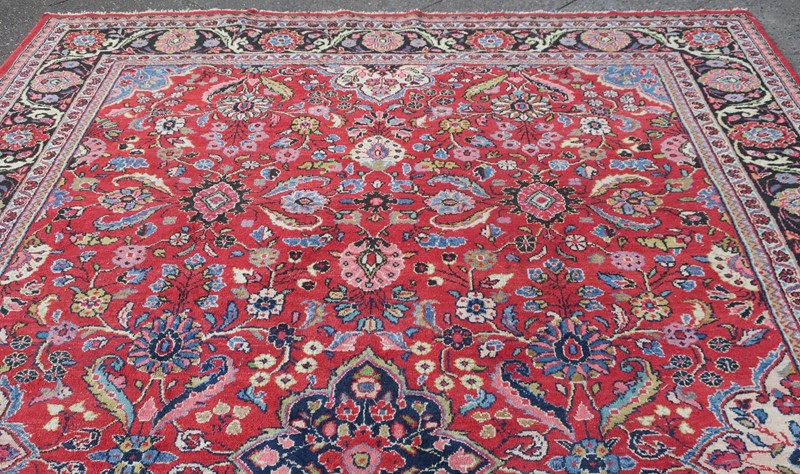 Antique Sultanabad Carpet Rich Natural Colours-modern-times-berlin-img-5657-main-637454441253921150.JPG