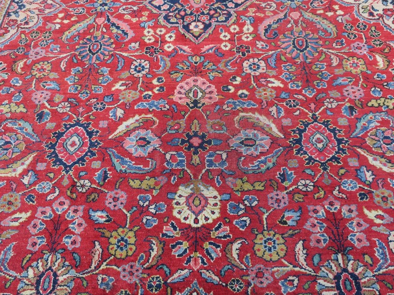 Antique Sultanabad Carpet Rich Natural Colours-modern-times-berlin-img-5665-main-637454442168758241.JPG