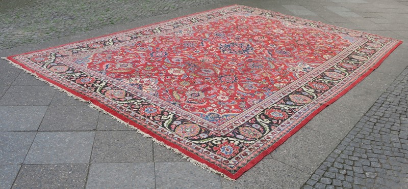 Antique Sultanabad Carpet Rich Natural Colours-modern-times-berlin-img-5667ab-main-637454442176881225.jpg