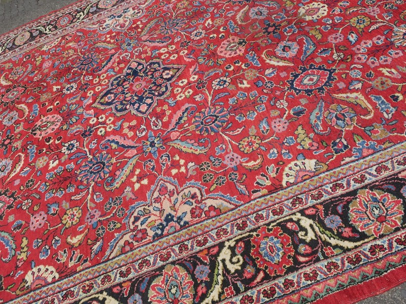 Antique Sultanabad Carpet Rich Natural Colours-modern-times-berlin-img-5675-main-637454442190006247.JPG