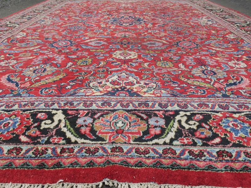 Antique Sultanabad Carpet Rich Natural Colours-modern-times-berlin-img-5680-main-637454441293920926.JPG